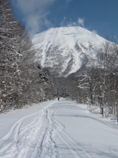 羊蹄山 10-03-29